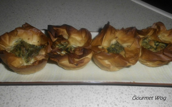Spinach and cheese boreg muffins