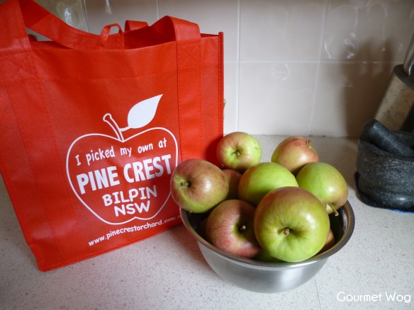 pine crest apples Bilpin